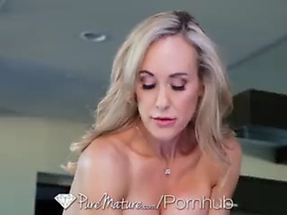 Beatiful mother i'd like to fuck