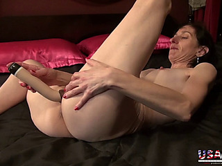 Usawives bushy ladies and sexy matures collection