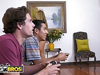 BANGBROS - Tyler Nixon Gets To Fuck His Buddy's Hot Cougar Mom