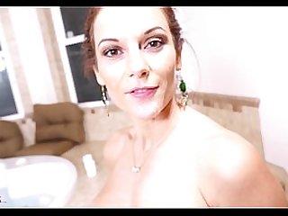 Spying Dream comes true! Hot MOM Mandy Flores rewards voyeur HD